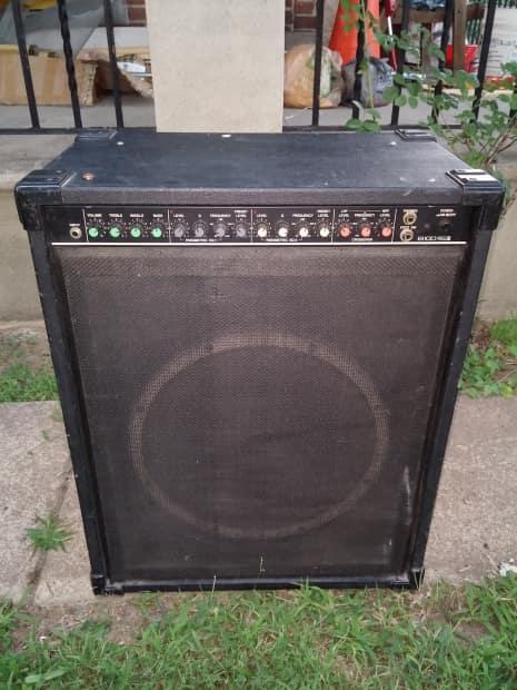 1980 39 s yamaha b100 115iii bass guitar amplifier reverb. Black Bedroom Furniture Sets. Home Design Ideas