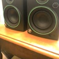 Mackie CR4 monitors