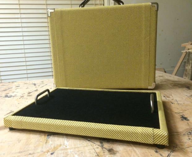 Custom Pedalboard And Case 105x14 Tone Snob