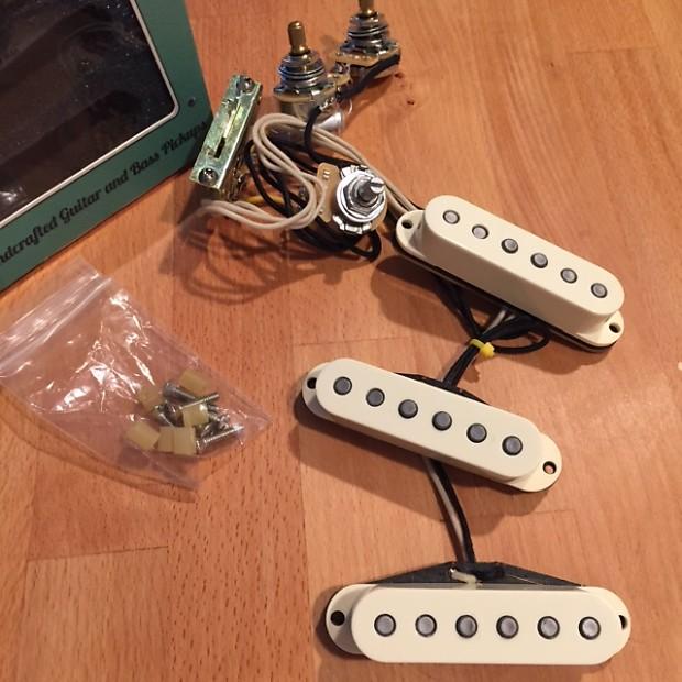 Quietest Guitar Pickups : mojotone quiet coil 58 39 s w hot bridge guitar pickup strat reverb ~ Vivirlamusica.com Haus und Dekorationen