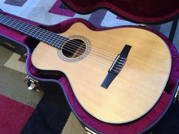 taylor ns32ce acoustic electric nylon string guitar with ohsc reverb. Black Bedroom Furniture Sets. Home Design Ideas
