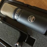 CAD Equitek E300 Microphone - Original US Version - Super Clean!