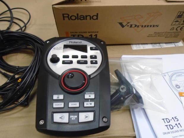 roland v drums td 11 drum sound module with mount manual trigger cables reverb. Black Bedroom Furniture Sets. Home Design Ideas