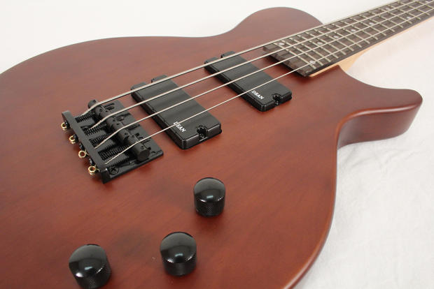 dean evo xm 4 string bass mahogany maple satin finish 30 scale bolt on 24 fret reverb. Black Bedroom Furniture Sets. Home Design Ideas