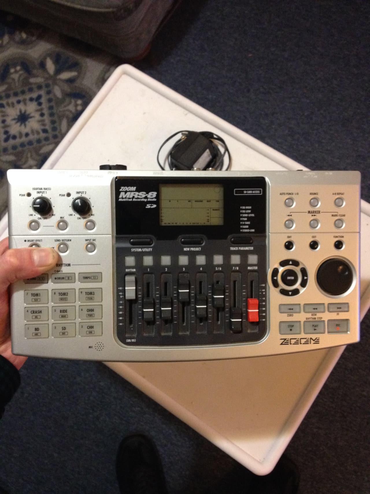 zoom mrs 8 digital multitrack recorder with built in mic reverb. Black Bedroom Furniture Sets. Home Design Ideas