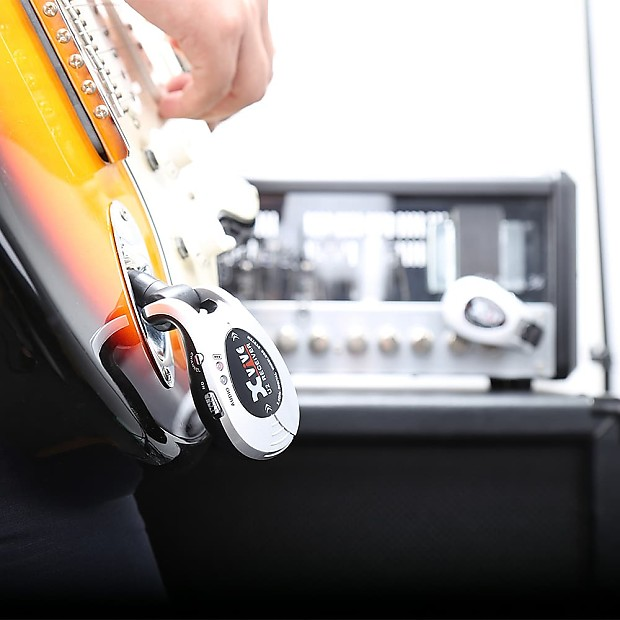 Xvive U2 Rechargeable 2 4ghz Wireless Guitar System