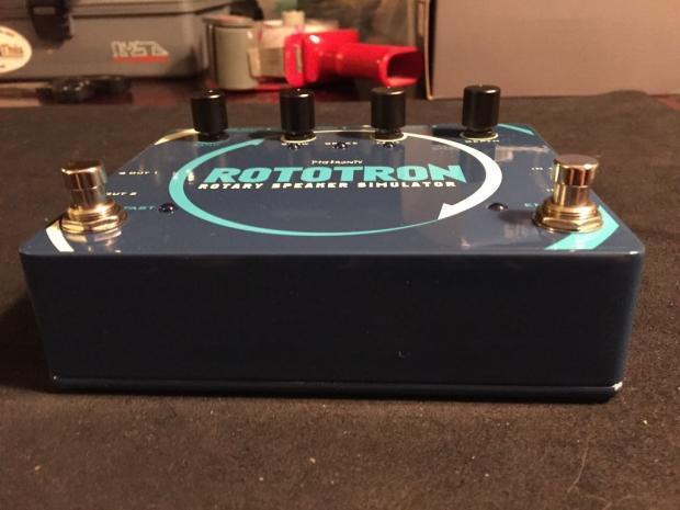pigtronix rototron rotary leslie simulator pedal 100 analog circuitry reverb. Black Bedroom Furniture Sets. Home Design Ideas