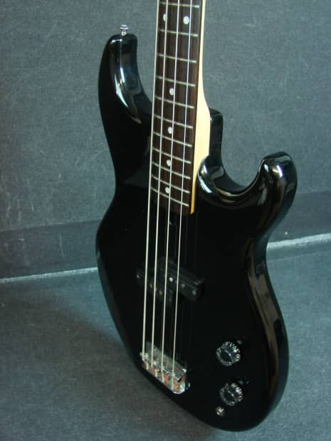yamaha bb300 black finish four string electric bass guitar reverb. Black Bedroom Furniture Sets. Home Design Ideas