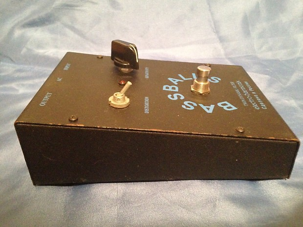 electro harmonix bass balls guitar pedal reverb. Black Bedroom Furniture Sets. Home Design Ideas