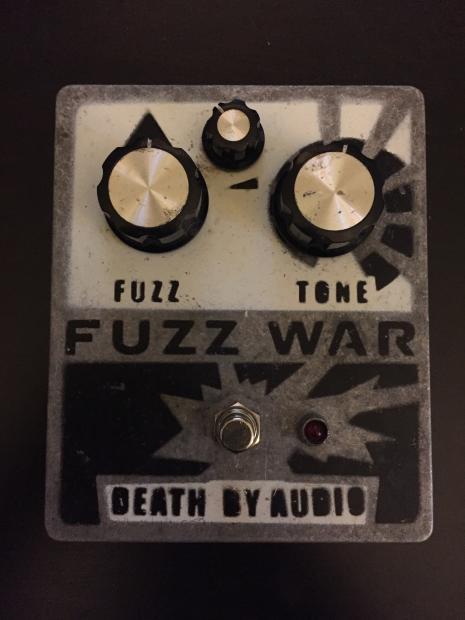 death by audio fuzz war reverb. Black Bedroom Furniture Sets. Home Design Ideas