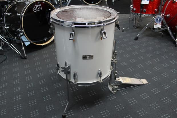 yamaha timpani floor tom mij 1980s white reverb. Black Bedroom Furniture Sets. Home Design Ideas