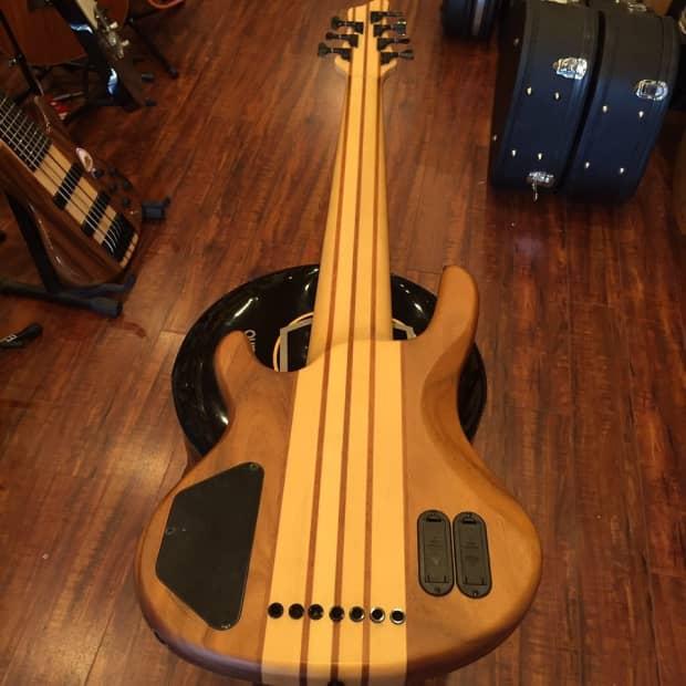 wolf 7 string bass walnut with 70 value gigbag free reverb. Black Bedroom Furniture Sets. Home Design Ideas