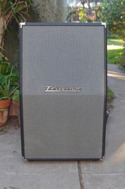 traynor ybx212 vertical 2x12 speaker cabinet with celestion vintage 30s yba 1 companion cab. Black Bedroom Furniture Sets. Home Design Ideas