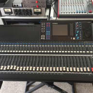 Yamaha LS9-32 Digital Mixer LS 9 32 console mixing board desk
