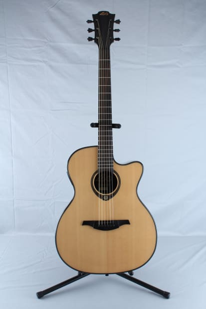 lag tse701ace acoustic electric guitar with hardshell case reverb. Black Bedroom Furniture Sets. Home Design Ideas
