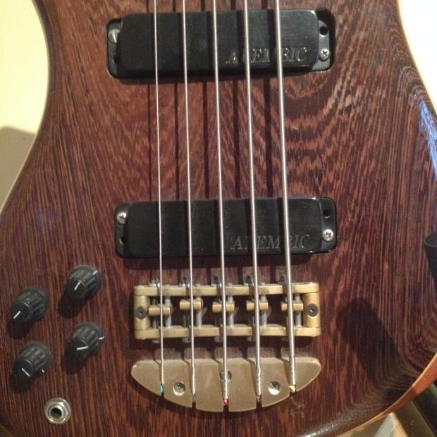 alembic epic 5 string left hand bass natural wood finish reverb. Black Bedroom Furniture Sets. Home Design Ideas