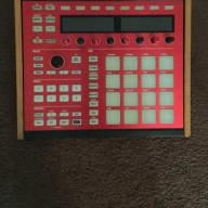Native Instruments Maschine MkII 2013 Red/ wood panels