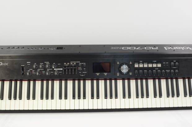 Roland RD 700NX Digital Piano 88 Key Keyboard RD700NX