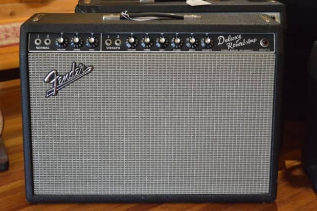 dating a fender amplifier with serial number