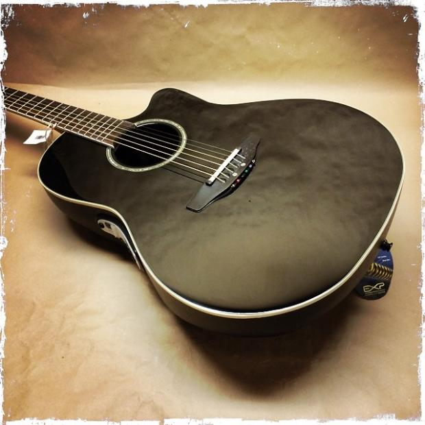 Ovation Celebrity Deluxe CSE44 Acoustic / Electric Guitar ...
