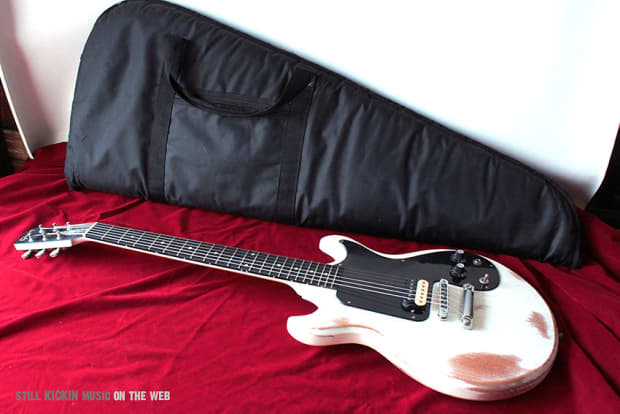 gibson joan jett relic melody maker signature electric guitar reverb. Black Bedroom Furniture Sets. Home Design Ideas