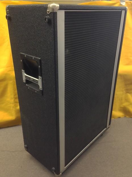 peavey 412m 4x12 guitar bass speaker cabinet 2 ohms 1970s reverb. Black Bedroom Furniture Sets. Home Design Ideas