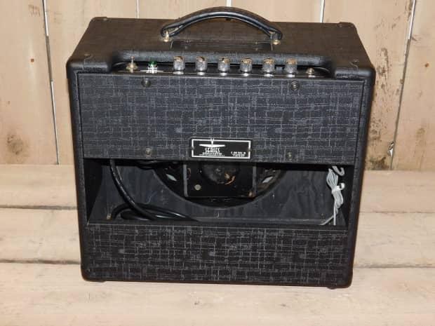 crate v1512 v series guitar amplifier 15 watt 1x12 all tube reverb. Black Bedroom Furniture Sets. Home Design Ideas