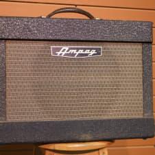 """Vintage Ampeg Jet 12"""" combo image"""
