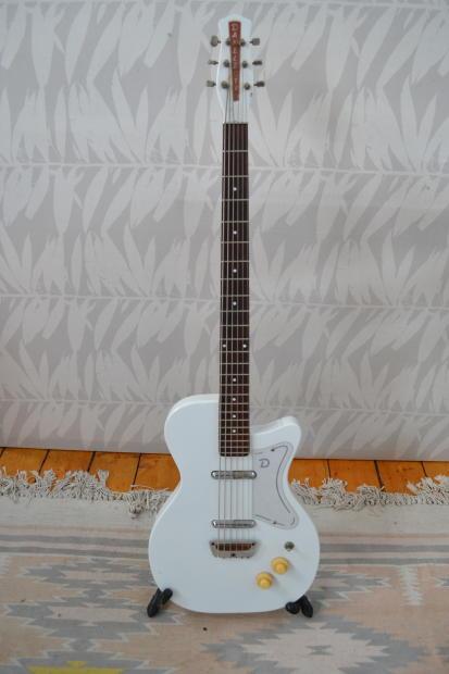danelectro 6 string baritone guitar 1956 or 1966 white refinish reverb. Black Bedroom Furniture Sets. Home Design Ideas