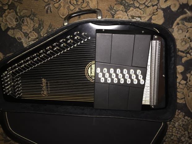 151044982623 as well B0064S1164 moreover 1916763 Oscar Schmidt Autoharp 1979 Black in addition Used Oscar Schmidt Oe30 Electric Guitar Orange moreover 140852292979. on oscar schmidt oe30 case