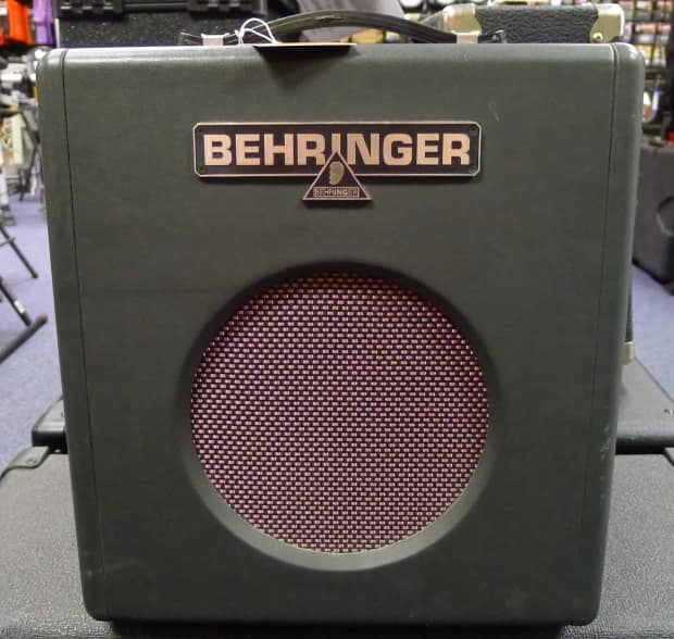 behringer thunderbird 15 watt bass guitar amplifier bx 108 reverb. Black Bedroom Furniture Sets. Home Design Ideas