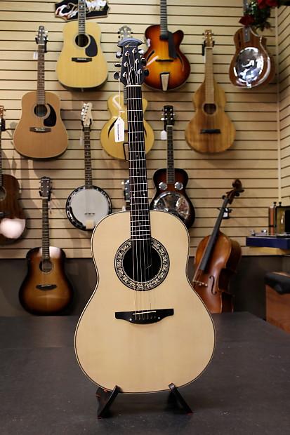 pre owned ovation balladeer 1111 6 acoustic guitar w case reverb. Black Bedroom Furniture Sets. Home Design Ideas