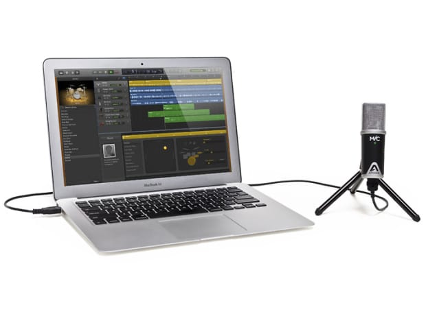 how to connect a mic to mac