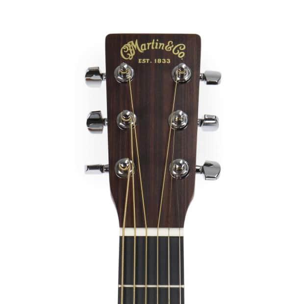 Fender Classic CD220SCE Cutaway Acoustic-Electric Guitar