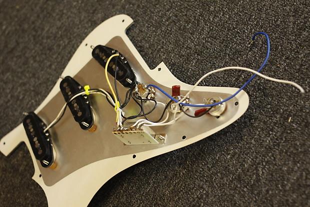 Fender Usa Noiseless Single Coil Pickups Loaded 3 Ply Reverb