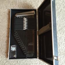 Oscar Schmidt 36 String 15 Chord Autoharp with Hard Case image