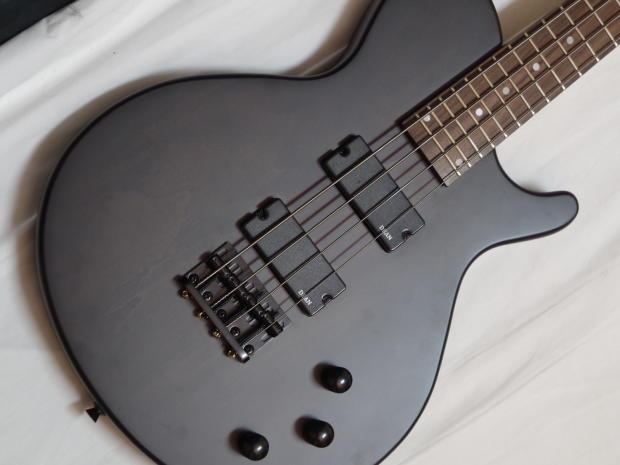 dean evo xm 4 string electric short scale bass guitar reverb. Black Bedroom Furniture Sets. Home Design Ideas