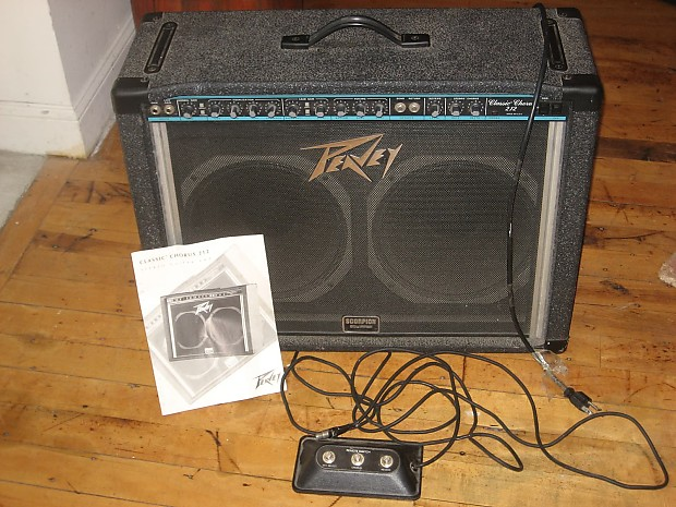 peavey classic chorus 212 guitar amplifier w footswitch reverb. Black Bedroom Furniture Sets. Home Design Ideas