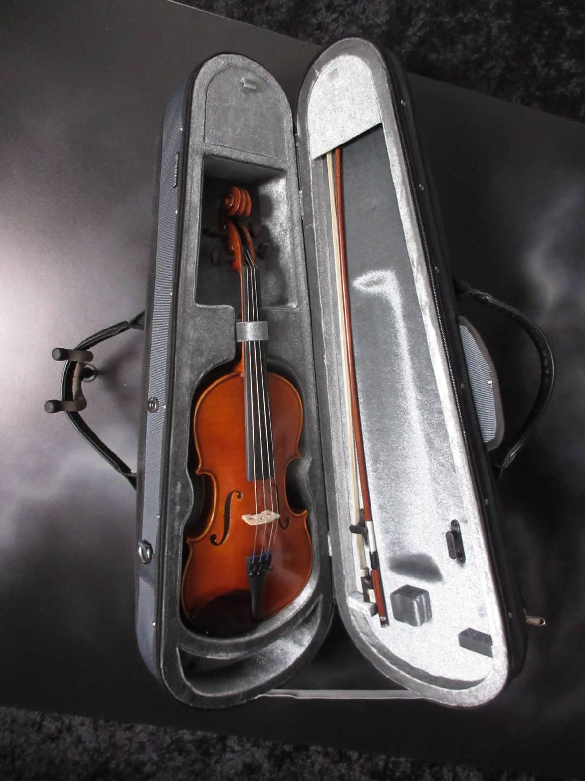 Yamaha v 5 3 4 violin outfit reverb for Violin yamaha 4 4