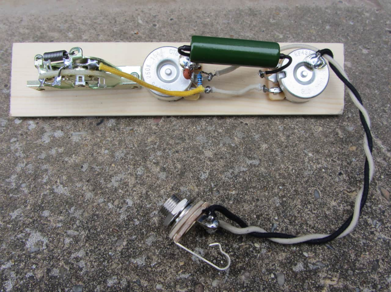 fender telecaster deluxe wiring harness with pio caps  cts
