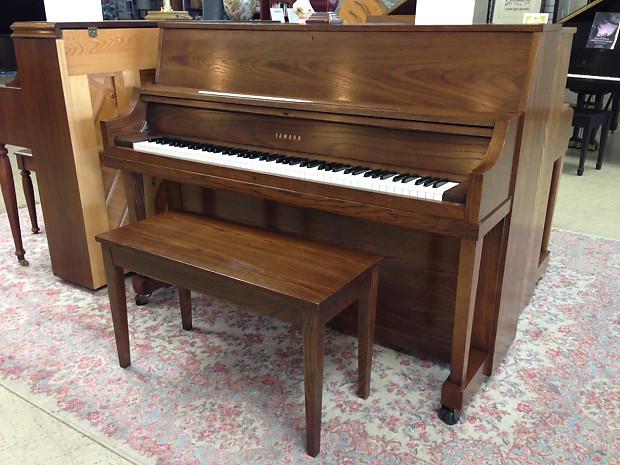 yamaha p22 studio piano 1983 oak reverb. Black Bedroom Furniture Sets. Home Design Ideas