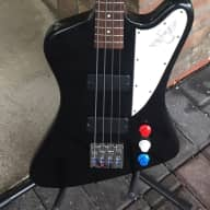 <p>Gibson USA Thunderbird Studio 4-string Bass Guitar 2007 Ebony</p>  for sale