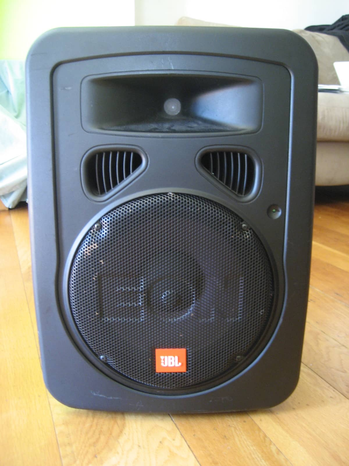 jbl eon 10 g2 powered speaker with soft case reverb. Black Bedroom Furniture Sets. Home Design Ideas