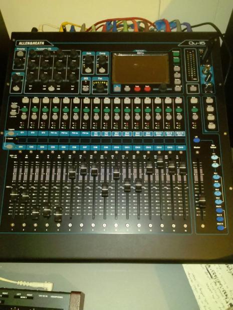 Dbx 1231: Allen & Heath QU-16 Digital Mixer And 16 Channel Interface