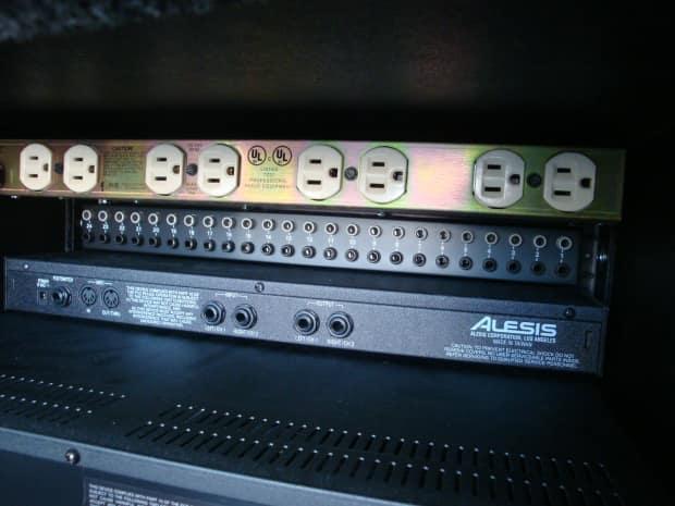 Alesis quadraverb gt manual