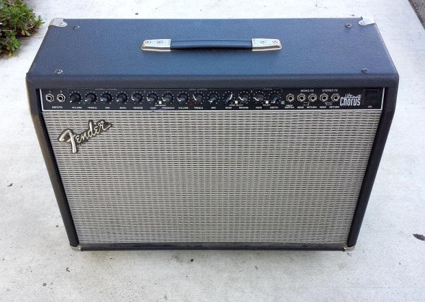 fender ultimate chorus guitar amplifier amp 2x12 made in reverb. Black Bedroom Furniture Sets. Home Design Ideas