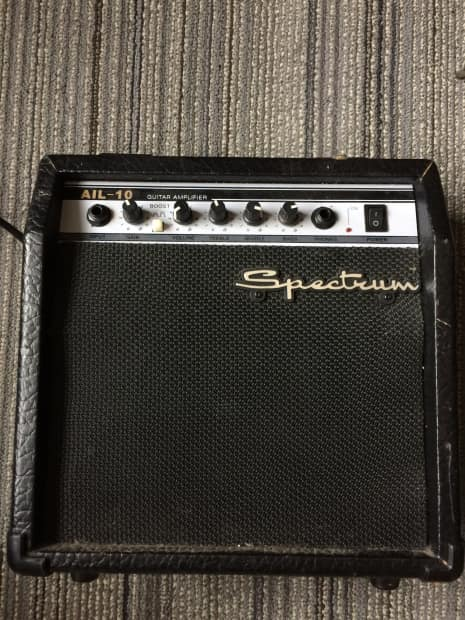 Spectrum 10 Piece Brush Essentials: Spectrum AIL-10 Guitar Amp
