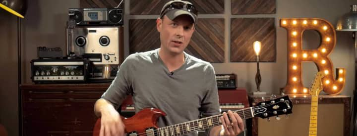 Video: Jake Cinninger of Umphrey's McGee Talks Mashups and Effects