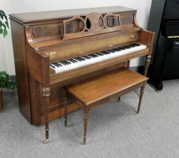 Yamaha decorator console piano walnut reverb for Yamaha console piano prices