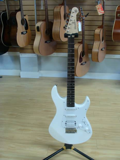 yamaha pacifica 012 2015 white reverb. Black Bedroom Furniture Sets. Home Design Ideas